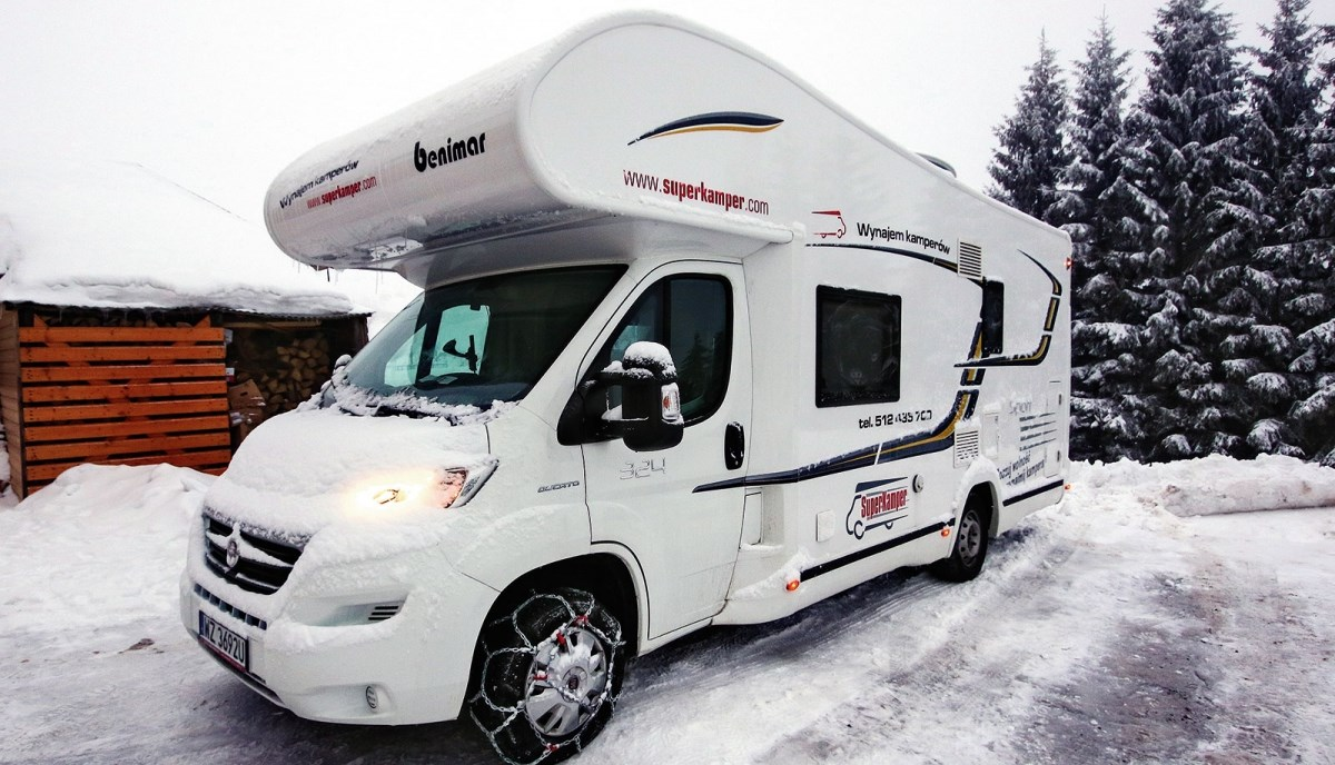 Kamper na lato i zimę – test Benimara Sport 324